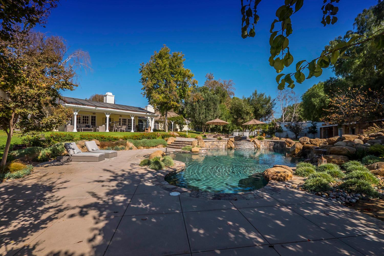 11390 Charisma backyard looking back athouse